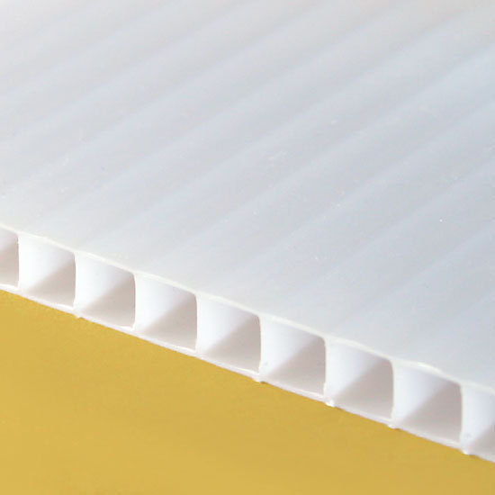 Twin Wall Polycarbonate Sheets (TWPC)